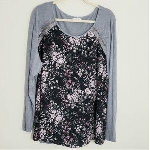 Maurices Sz 3Top, Floral with gray sleeves